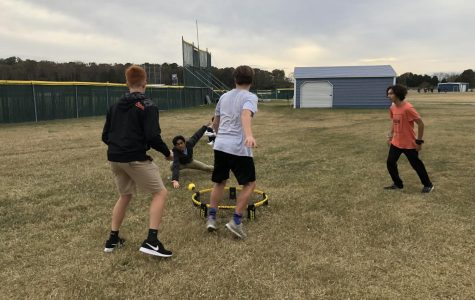 Spikeball club starts off with a slam