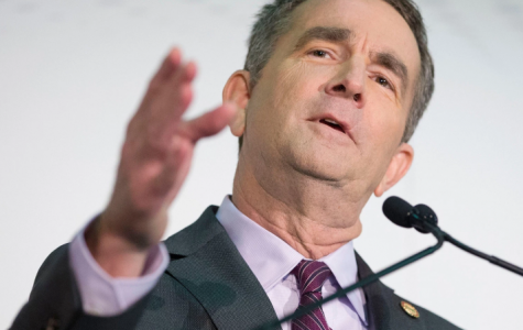 Virginia Governor should resign amid racist photograph