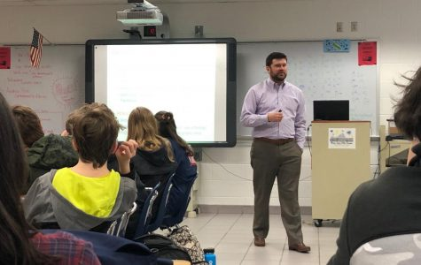 Commonwealth Attorney Andrew Rice speaks to Christine Thornton's 3B freshman health class. Photo on Feb. 21, 2019