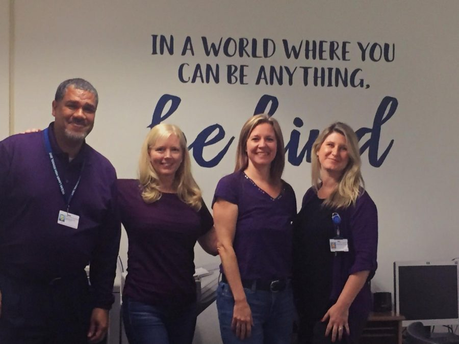 Admin+wears+purple+to+support+students+of+military+families+on+April+10.