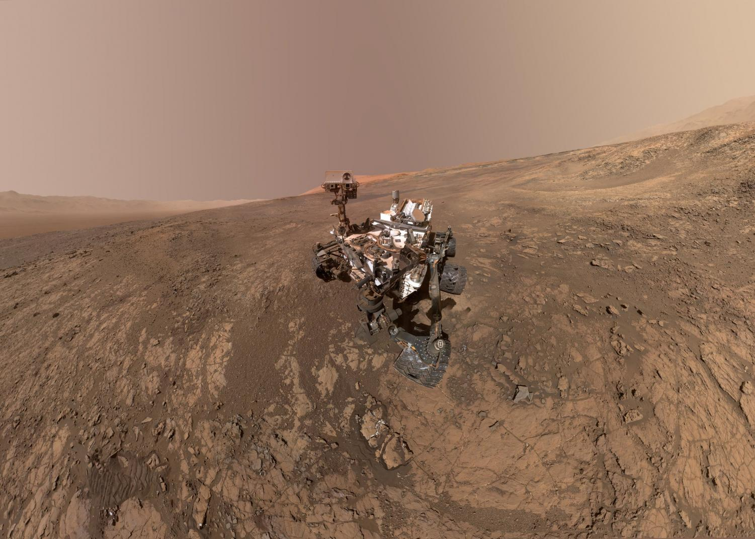 NASA's Curiosity rover takes a self-portrait on the Vera Rubin Ridge.