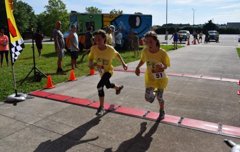 Dolphin Dash races to benefit 99 for the 1