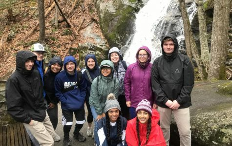 Geology class rocks out Virginia with two-day field trip