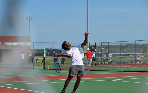 Boy's tennis team boasts top academics
