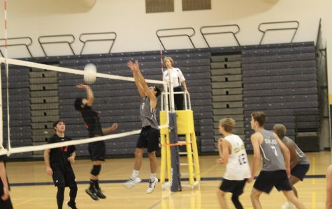Boys volleyball begins season with win