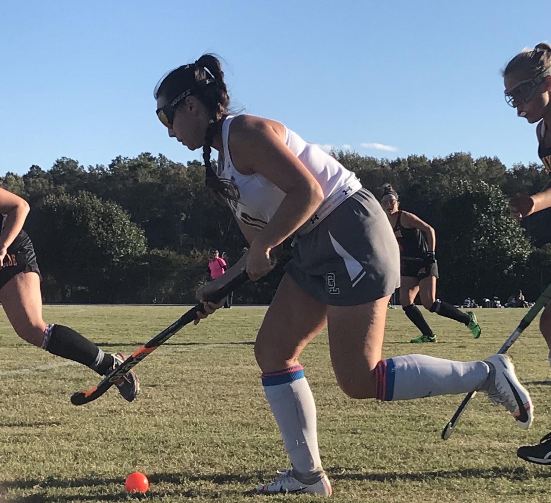 Saffron Hewitt-Quallss rushes the ball down the field on Oct. 17.