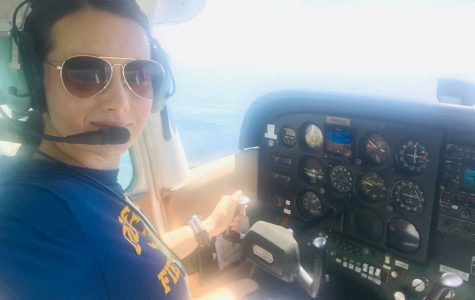 Saffron Hewitt-Qualls in flight in a Cessna 172.