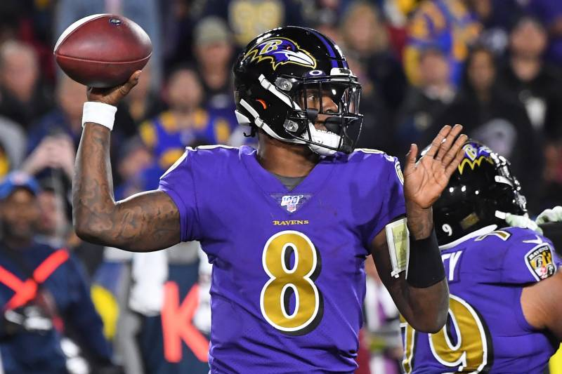 Lamar+Jackson+throws+against+the+Rams+November+25+in+Los+Angeles