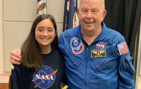 Maren Kelley and former astronaut/payload specialist Roger Crouch at the VASTS summer academy in July 2019.