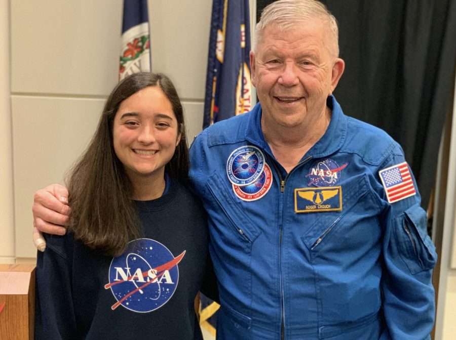 Maren+Kelley+and+former+astronaut%2Fpayload+specialist+Roger+Crouch+at+the+VASTS+summer+academy+in+July+2019.