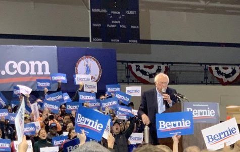 Presidential candidate Bernie Sanders excites the crowd at a Feb. 29 Virginia Wesleyan University campaign rally. Juniors Reena Assassa and Basma Bedawi can be seen in the bottom left corner.