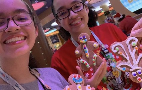 Senior twins Sophia and Isabella Libonate enjoy time together on a Disney Cruise in December 2019.