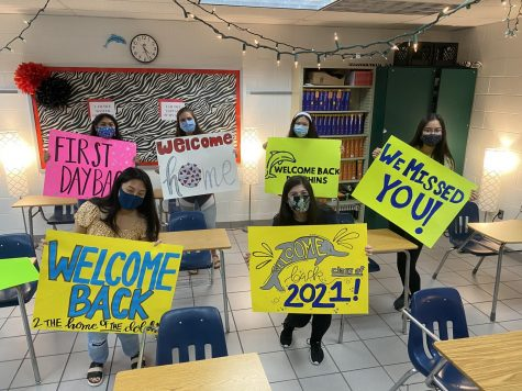 Class of 2021 officers created colorful posters in Kristi Bayer's classroom for two days to greet the upperclassmen who will return to school on Nov. 12.