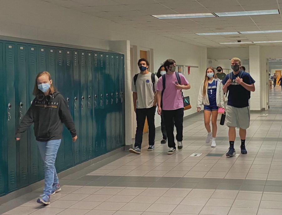 Students stroll through the english hallway on the way to their next class on April 30, 2021.
